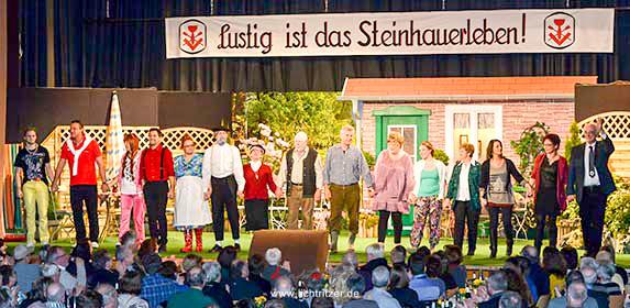 Die Sankt Reinoldus Schauspielgruppe überzeugte wieder einmal mit einem humoristischen Bühnenstück.