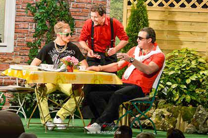 Auf der Bühne ging es drunter und drüber. Hier Robin Kuhn, Florian Kahl und Frank Ulbert (von links)
